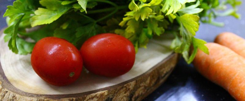 tomato-1443967_1920